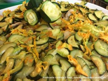 Scaloppa con zucchine e fiori di zucca