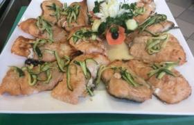 Salmone con zucchine