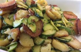 Patata souté con zucchine